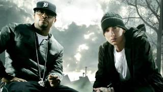 Lighters- Eminem feat Bruno Mars & Royce Da 5