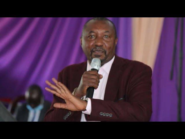 Angry Kimani Ngunjiri Lecturing Uhuru Kenyatta and Revealing How MPs Will Extend Term of Parliament