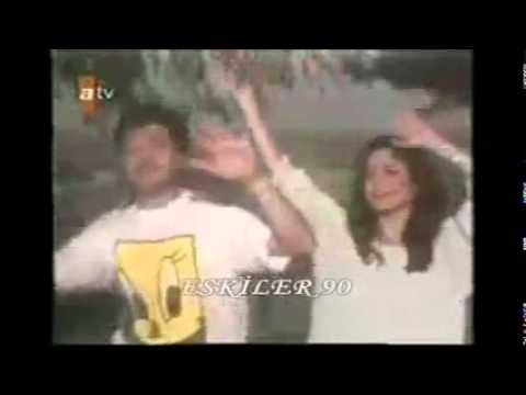 Ercan Saatçi & İzel & Çelik - Haydi şimdi Bütün Eller Havaya (Vidyo Klip)