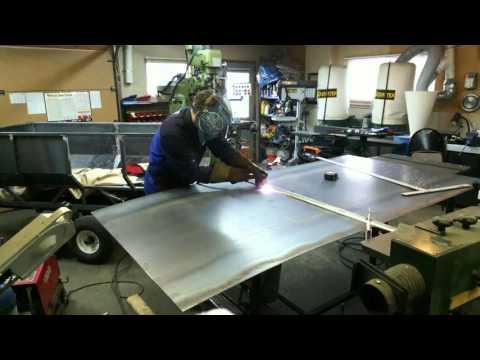 Trailer: bending gauge 14 sheet metal
