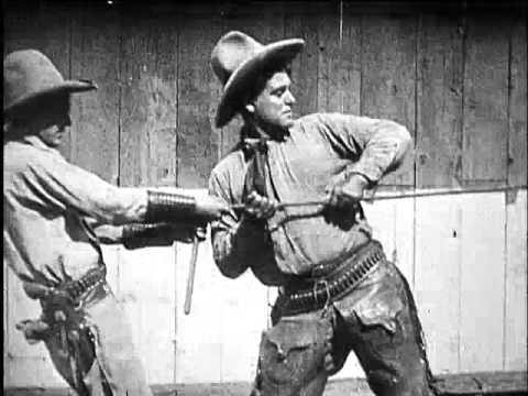 How the Cowboy Makes his Lariat 1917