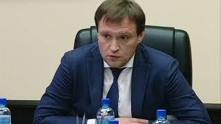 Смотреть Сергей Пахомов встретился с членами фракции «Единой России» онлайн