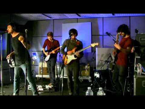 Young The Giant - Strings (Last.fm Sessions)