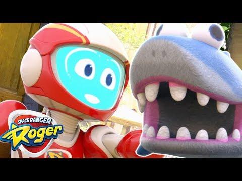 Space Ranger Roger | Roger Saves the Shark...