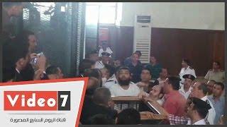 """متهم بأحداث رابعة ساخرا من محاميه: """"إنتوا ملكوش لازمة والله"""""""