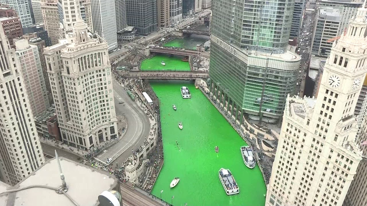 Chicago River Dyed Green For St Patrick S Day