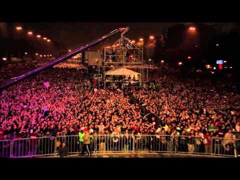 "Bajofondo-""Grand Guignol"" Live Obelisco"