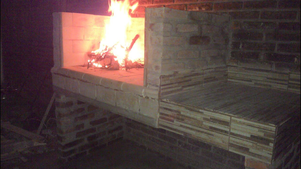 Como hacer una parrilla asador de ladrillos muy facil de - Como hacer una chimenea de obra ...