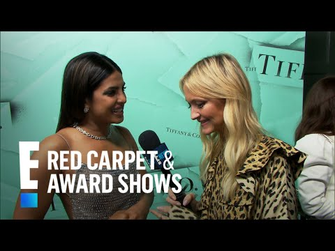 Priyanka Chopra Shows Off Engagement Ring From Nick Jonas | E! Red Carpet & Award Shows
