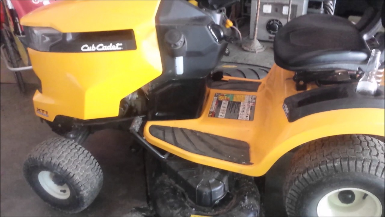 1054 Cub Cadet Wiring Diagram Cub Cadet Xt1 Smoking Start Up Problem And Fix Youtube