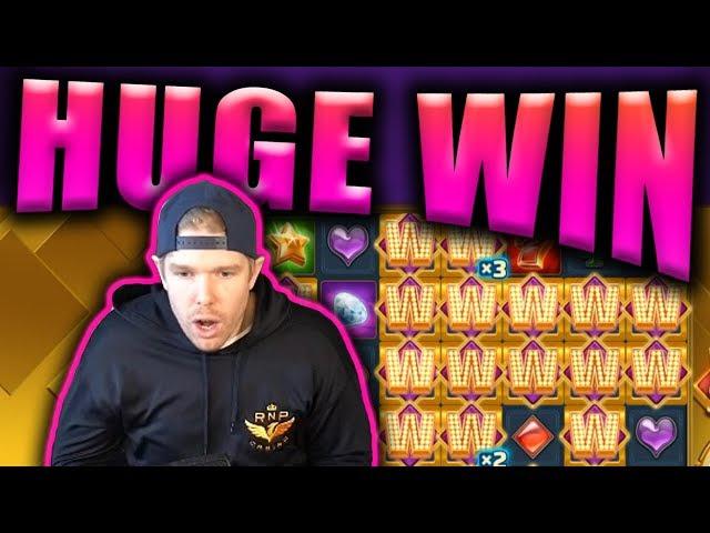 HUGE WIN on WILD FRAMES - Casino Slots Big Wins