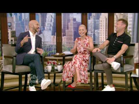 "Keegan-Michael Key Talks About Fred Savage & ""Friends From College"" Cast"