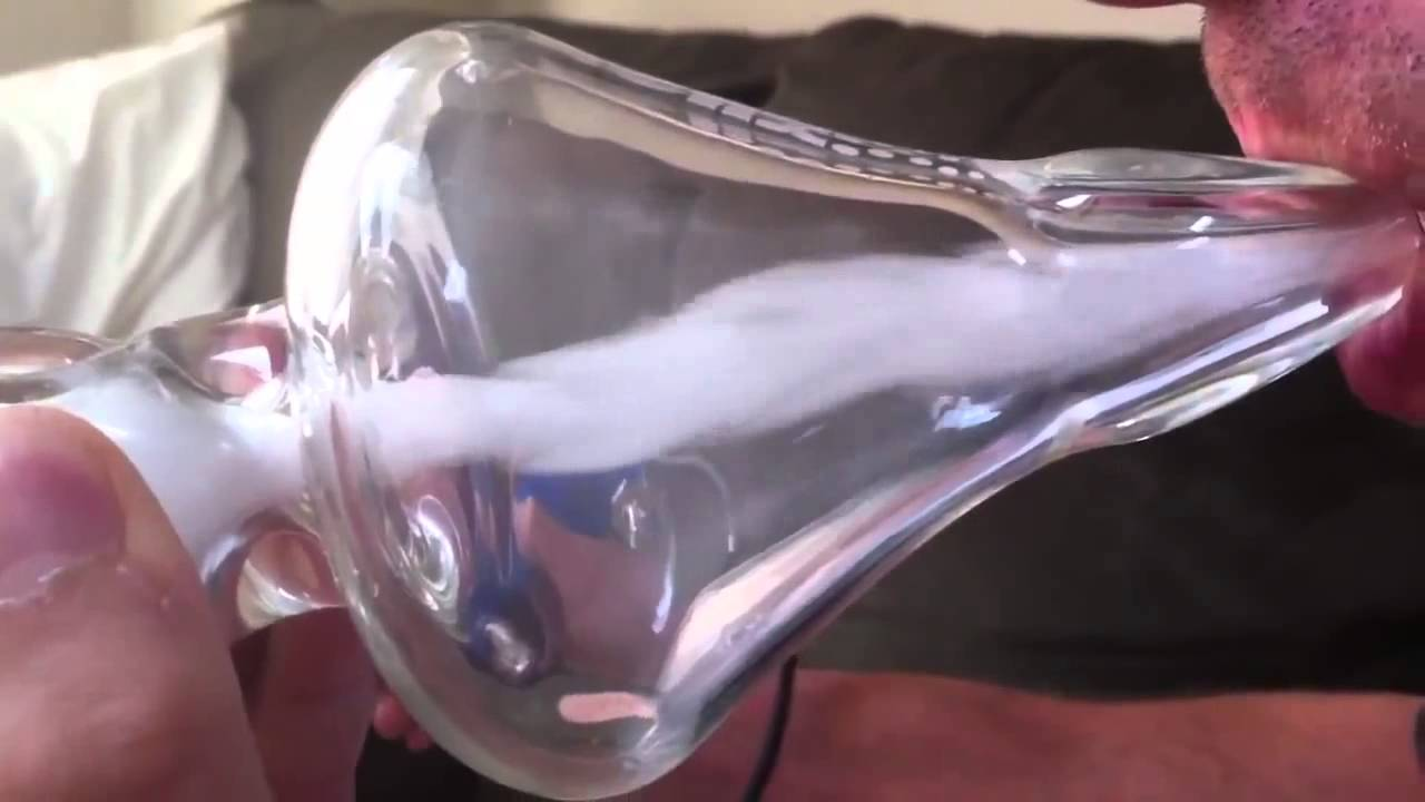 how to get rez out of a glass pipe