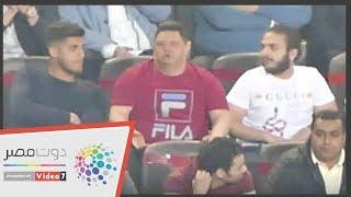 أمح الدولي يحمس لاعبي الأهلي أمام المقاصة من مدرجات بتروسبورت