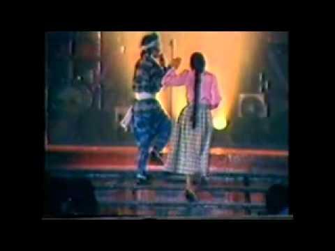 Sudirman nyanyi lagu tamil live 1985