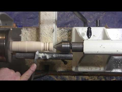Spindle Gouge cuts and Christmas Ornaments