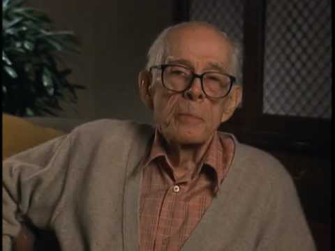 Harry Morgan discusses Col. Sherman Potter on M.A.S.H - EMMYTVLEGENDS
