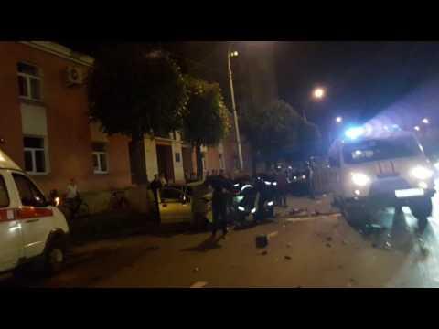 Липецк улица Гагарина дтп 17.июня 2017 фольцваген и думатиз лобовое столкновение