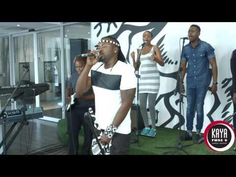 Ntando Performs Nguwe Live and Unplugged on Kaya FM
