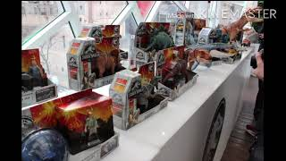 NYC TOY FARE JURASSIC WORLD FALLEN KINGDOM toys and accurate toys size chart and Jurassic Park toys