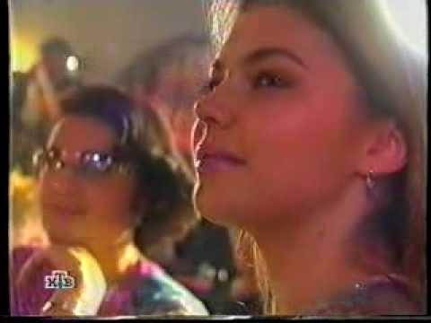 """Alina Kabaeva & Murat Nasyrov """"Alina""""из YouTube · Длительность: 3 мин52 с  · Просмотры: более 82.000 · отправлено: 22.09.2014 · кем отправлено: thelegendofNeshka"""