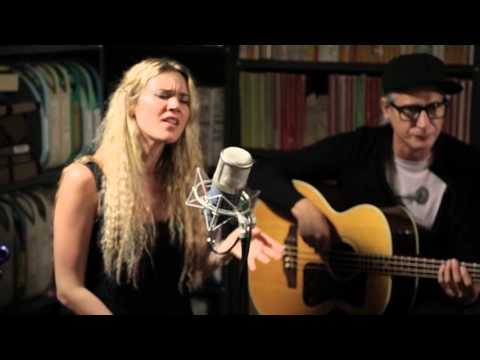 Joss Stone  This Ain't Love  1152015  Paste Studios, New York, NY