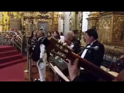 Angie Durrell 3 pruebas de sonido para tocar frente a Papa Francisco