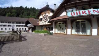 STREET VIEW: Die grösste Kuckucksuhr der Welt bei Triberg in GERMANY