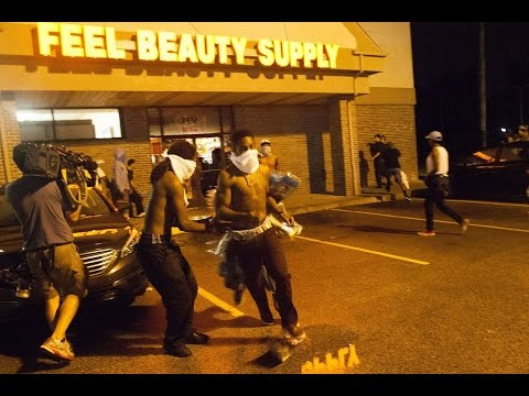 THE FIX IS IN: FERGUSON POLICE ALLOWING PEOPLE TO LOOT. ENACT CURFEW.