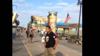 Bully knocked out by vendor on Atlantic City Boardwalk, New Jersey