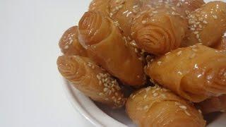 Repeat youtube video شهيوات رمضانيةCollaboración: Crujientes fritos con miel,Rghayef fritos con miel,الرغايف معسلين