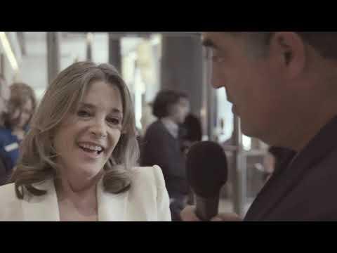 Will Marianne Williamson Sign The Progressive Pledge?