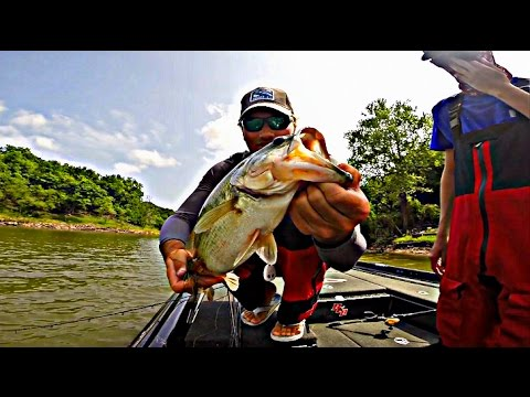 FLW- Fort Gibson College Fishing | TylersReelFishing