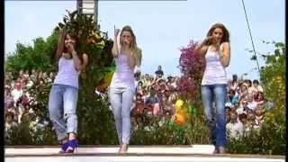"Mandy Capristo - EPIC Playback Fail (Monrose - ""Tip Toe"" live @ ZDF Fernsehgarten 17.05.2009)"