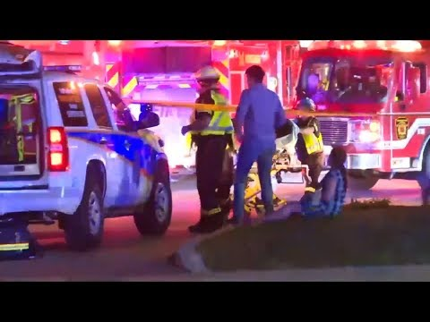 Canada bombing injures 15, two suspects flee