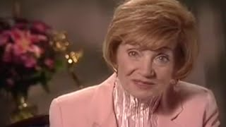 Repeat youtube video Estelle Getty 2000 Intimate Portrait