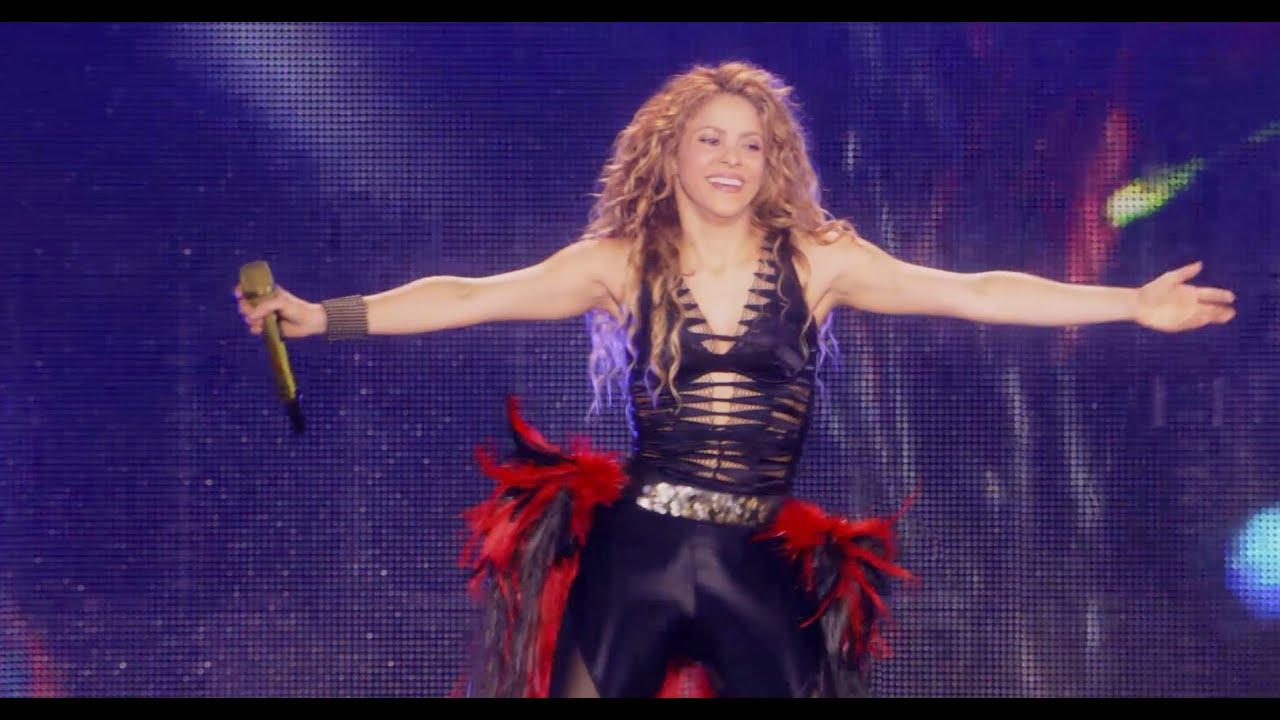 Shakira - La La La / Waka Waka (From 'Shakira In Concert: El ...