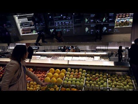 .未來超市是怎樣的?買一顆蘋果,你還能知道它背後的故事