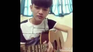 (Guitar) Anh Xấu Xí Chứ Không Xấu Xa (cover) - Thiên Bảo