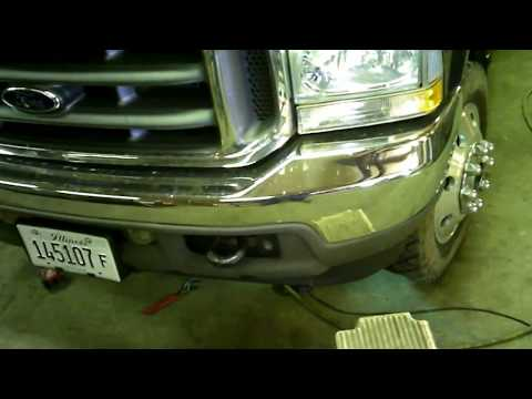Ford Super Duty tightening the steering gear box