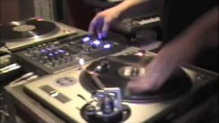 DJ SAL V. Scratch Session