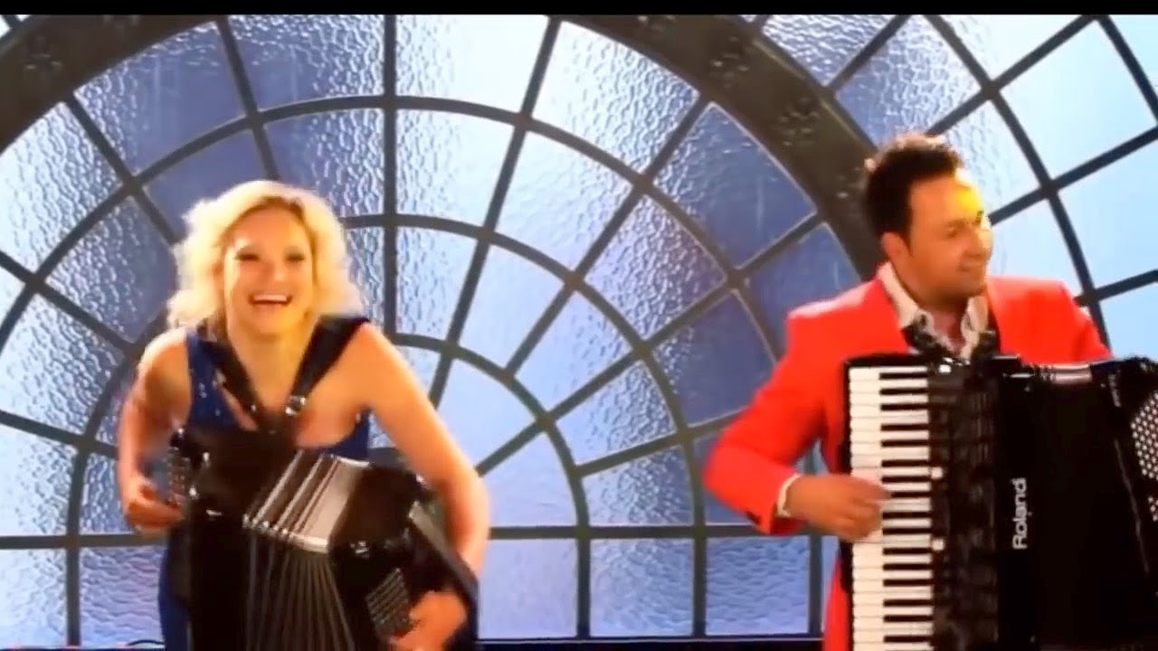 Una Fiesta Accordion Mega Mix