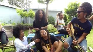 RAFI DA4 nyanyi sambil di gimbal - KEMBALI - STEVEN AND COCONUT TREZZ ( COVER )