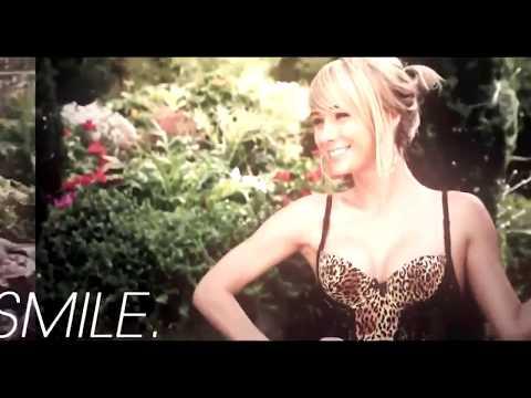Carrie Underwood Live Clips From The Show Birmingham UK 🇬🇧 Cry Pretty Tour 2019 * Good Quality*Kaynak: YouTube · Süre: 10 dakika35 saniye