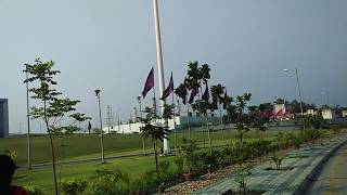 Kolkata Airport : Well maintained area near NSCBI Airport