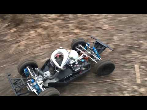 Losi 5ive-T with 34cc DDM Zenoah Motor