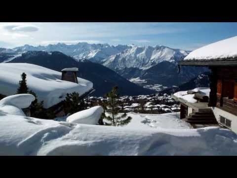 Switzerland  : Le canton du Valais  .