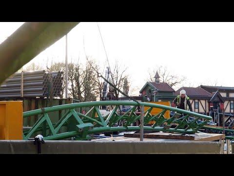 Oeps: baandeel van nieuwe Efteling-achtbaan dondert bijna naar beneden