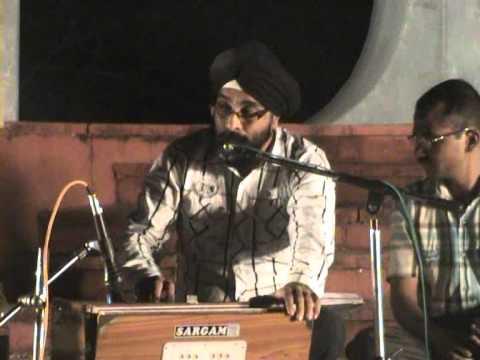 2.avi-a-ghazal-by-bunty-singh-;thukara-do-ab-ke-pyar-karo-'mai-nashe-me-hun'