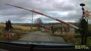 f220450bbe0 CarCam - Mechanické závory - železniční přejezd Heřmaničky  2